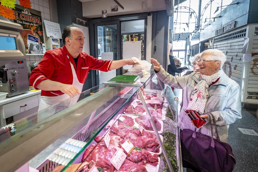 La clientèle de la boucherie de Salvatore Messina est vieillissante.